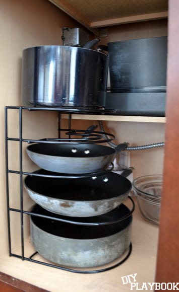 pan organizer