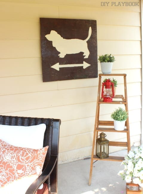 This basset cross sign is a fun decor piece.