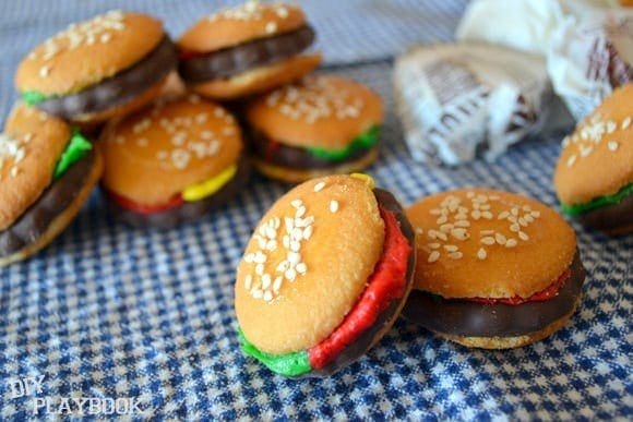These mini hamburger cookies are perfect Father's Day treats.