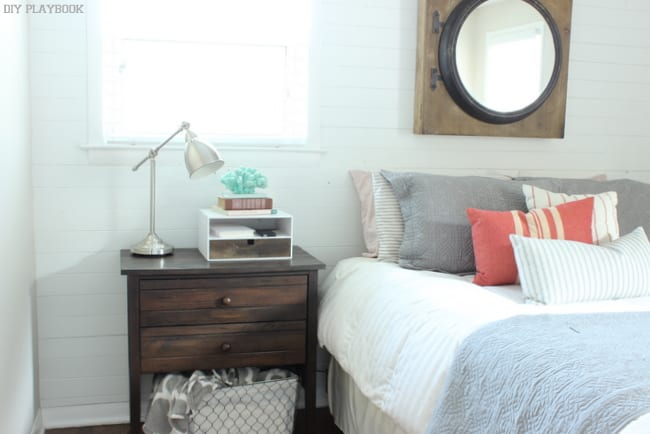 Master bedroom: DIY Bedside Charging Station Tutorial | DIY Playbook
