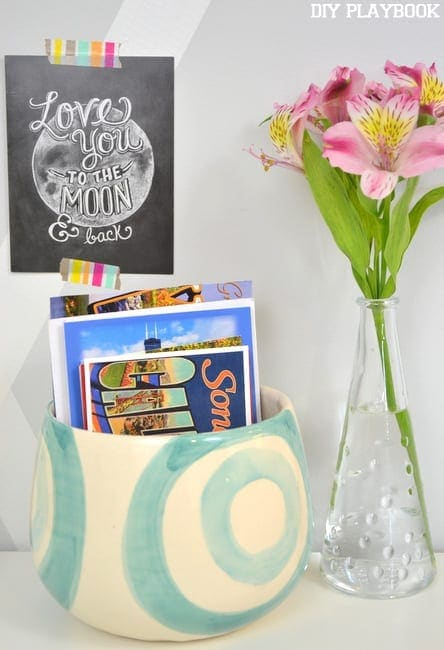 If you love postcards, you'll love this idea for your new-home announcements!