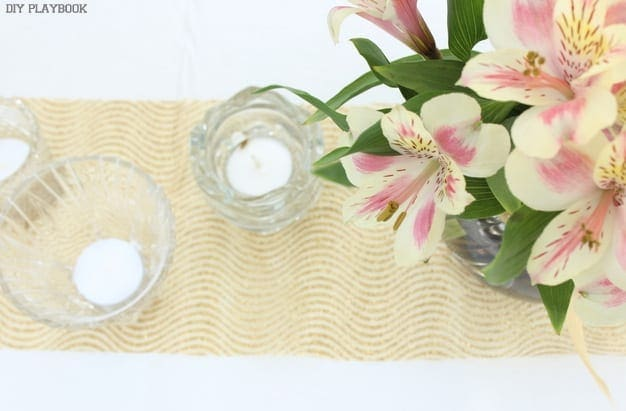 These table runners pair well with fresh flowers.