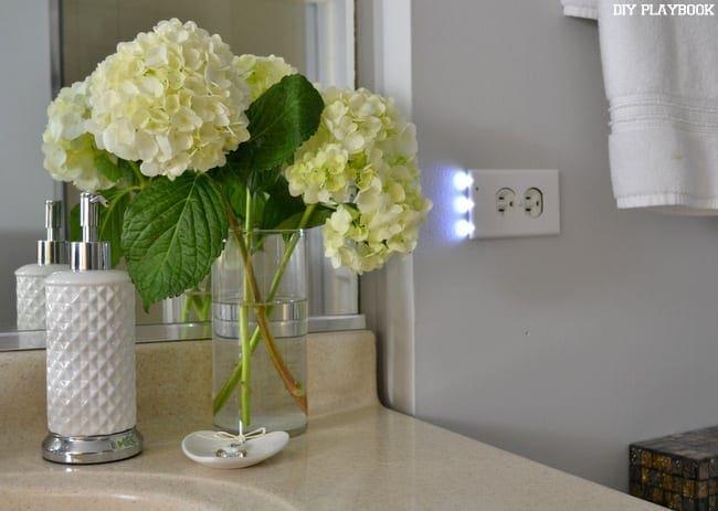 Snap-Power-Lights-On