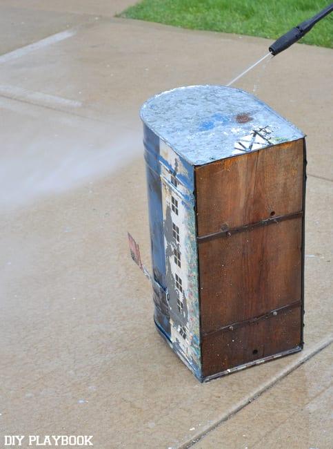 Power-Washing-Mailbox