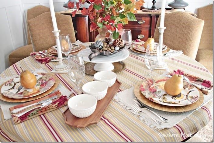Thanksgiving-Table-Rhoda
