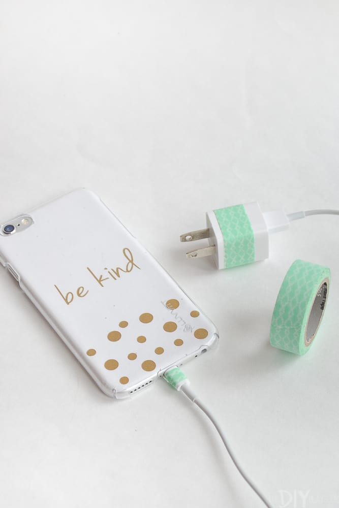 Customizing your phone charger is a super easy DIY project but it's also functional!