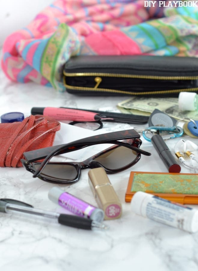 Tips to organize your purse