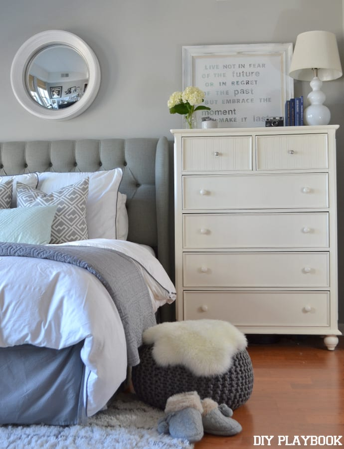 Size matters: How to pick a Neutral Bedroom Rug Tutorial | DIY Playbook