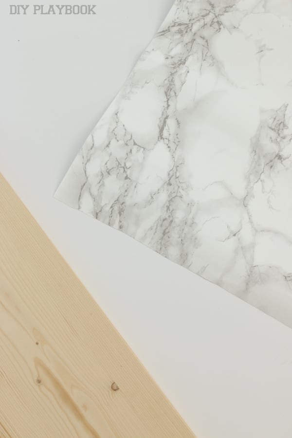 Marble paper ready to cover shelf