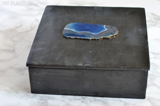 DIY Memory Box: Find the right box. This was a nice masculine modern box | DIY Playbook