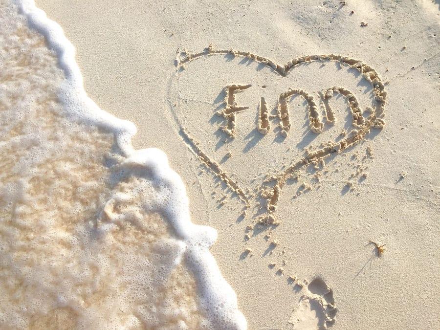 Finn-Ocean-Sand