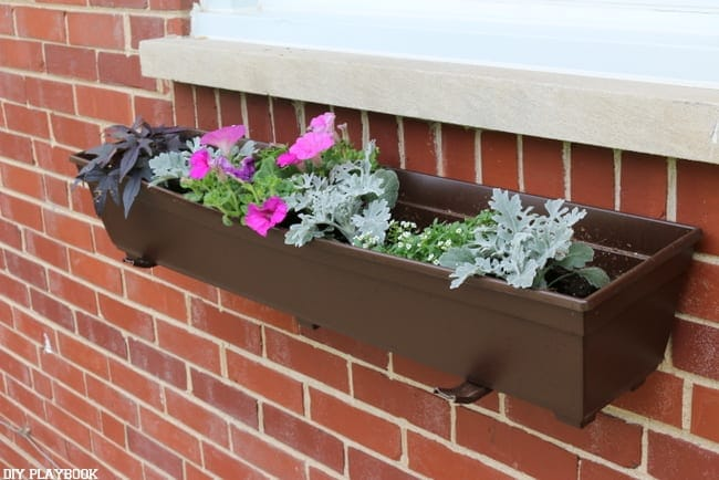 These DIY flower boxes look professional and expensive.