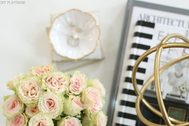 maggie reveal flowers