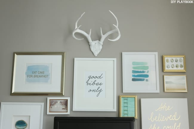 Inspiration: How to Build a Gallery Wall around a TV | DIY Playbook