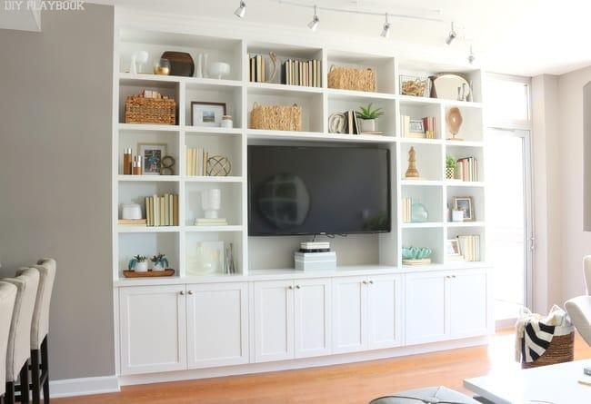 Maggie Built in Shelves