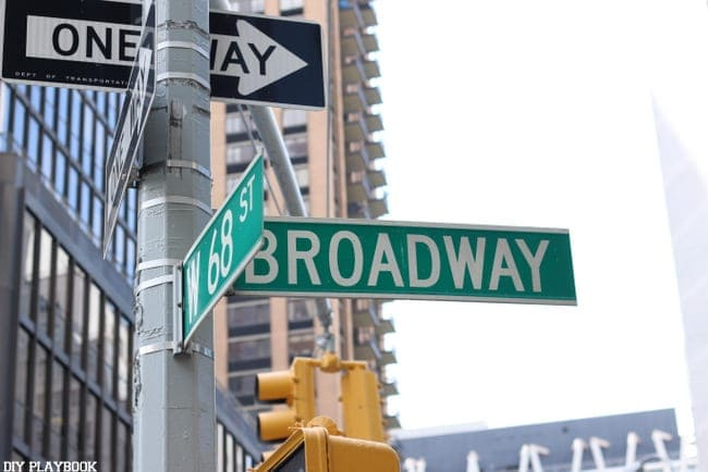 nyc-street-sign-broadway-new-york-lowes