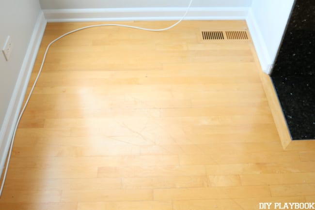 scratches-in-hardwood