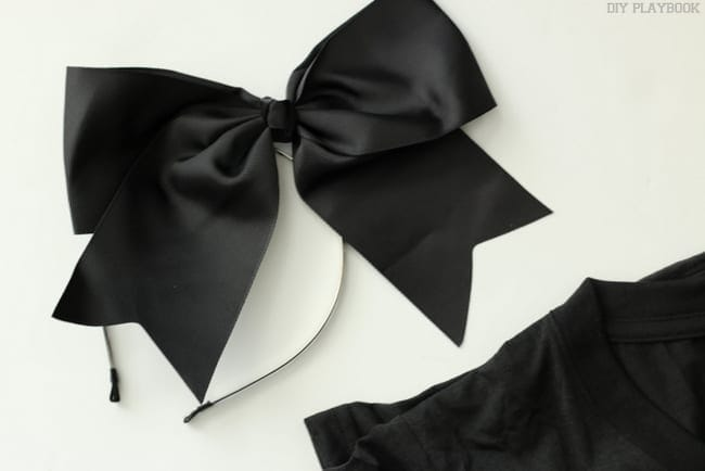 Black Bow Halloween Emoji Costume