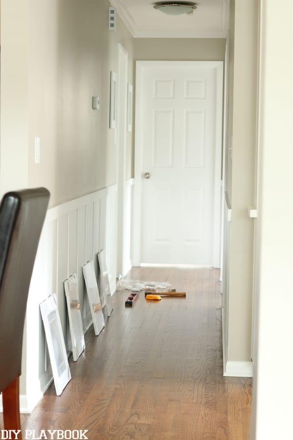 Frames Hallway Board and Batten