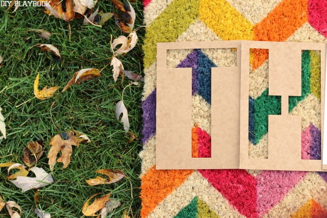 this easy diy doormat will make you thankful for colorful decoration