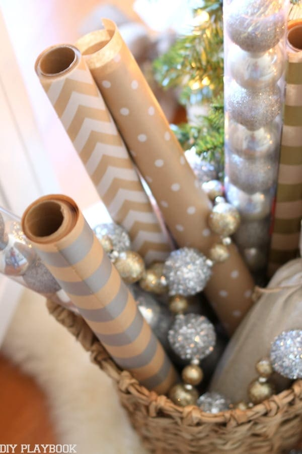 Match your wrapping paper to your Christmas Tree to take your tree decorating to the next level.