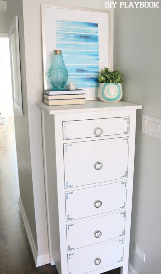 Our makeshift linen closet diy playbook for Linen closet ikea