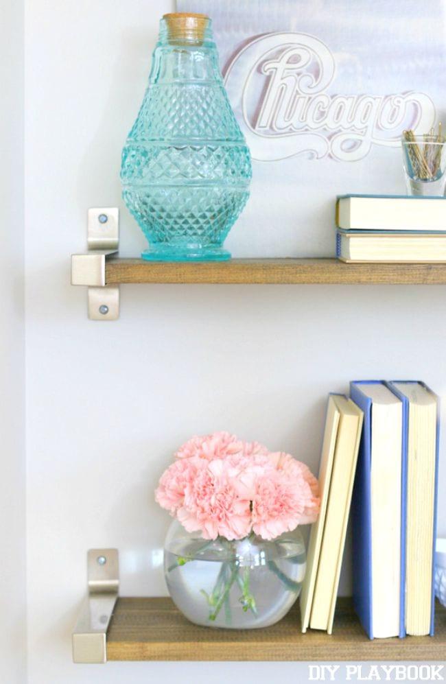 Organized-Bathroom-Shelves