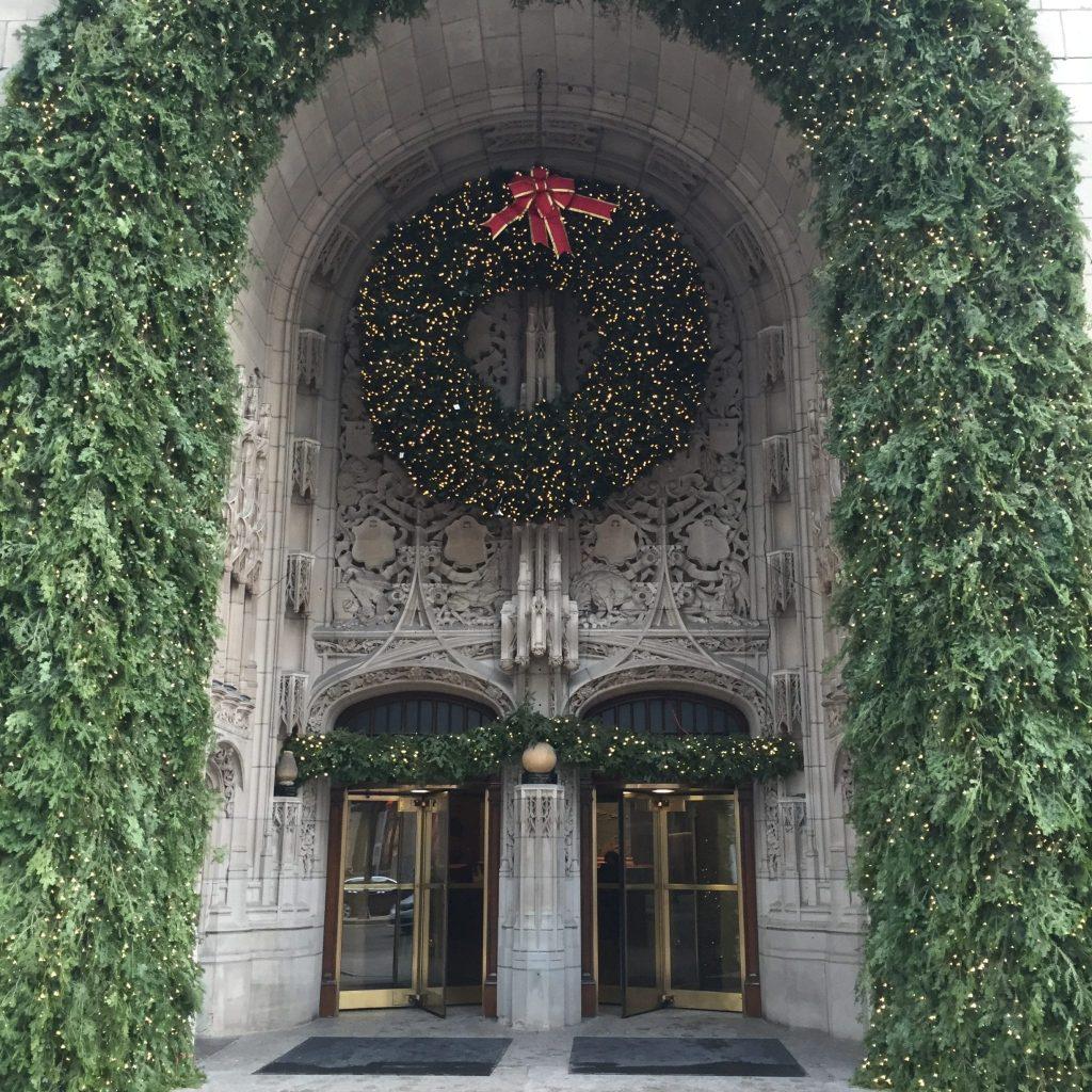 tribune tower chicago christmas holiday