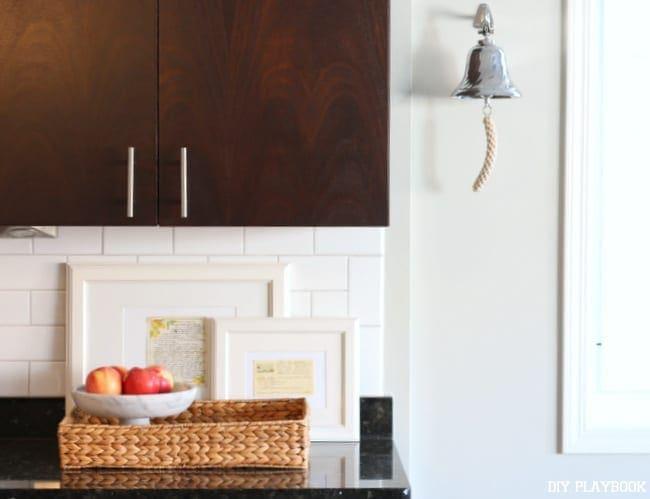 1-kitchen-condo-dinner-bell