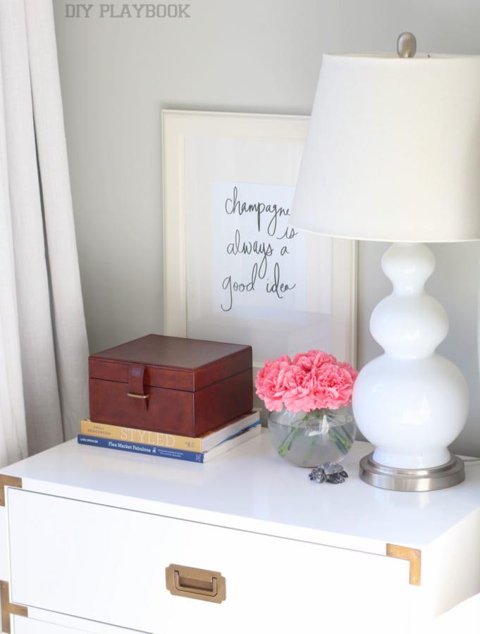 2-nightstand-bedroom-flowers