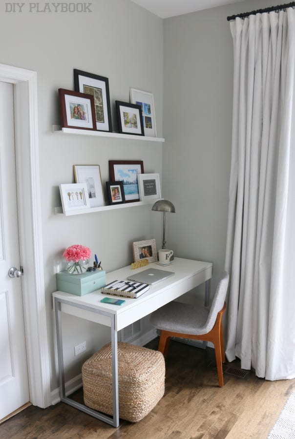 4 office desk bedroom diy playbook for Bedroom desk ideas
