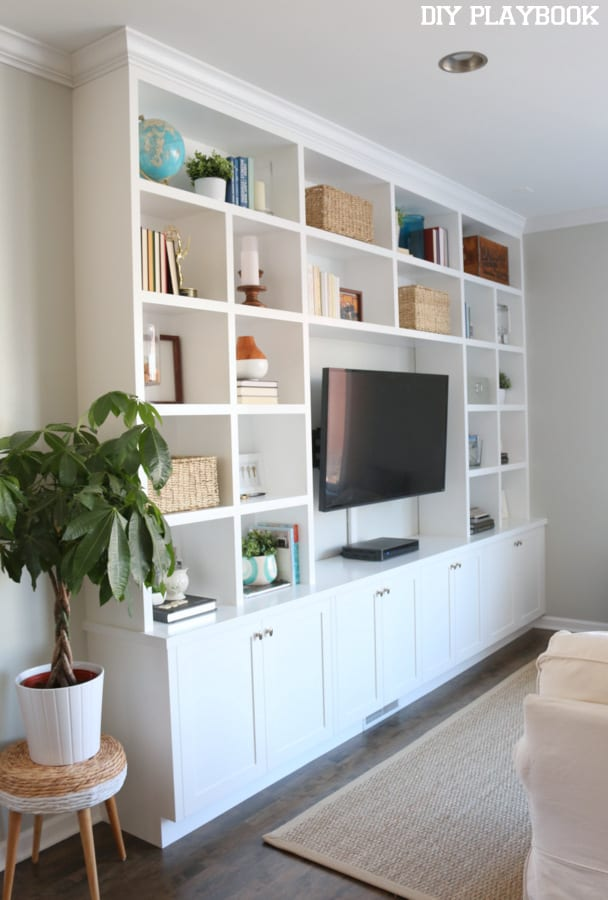Living Room With Bookshelf: Casey's Family Room Built-In Reveal