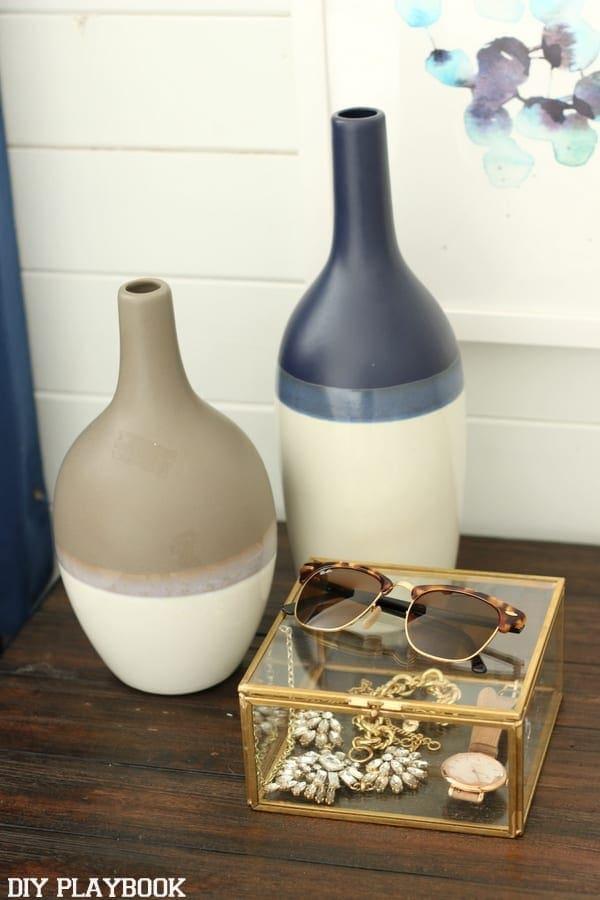nightstand_Bedroom_accessories
