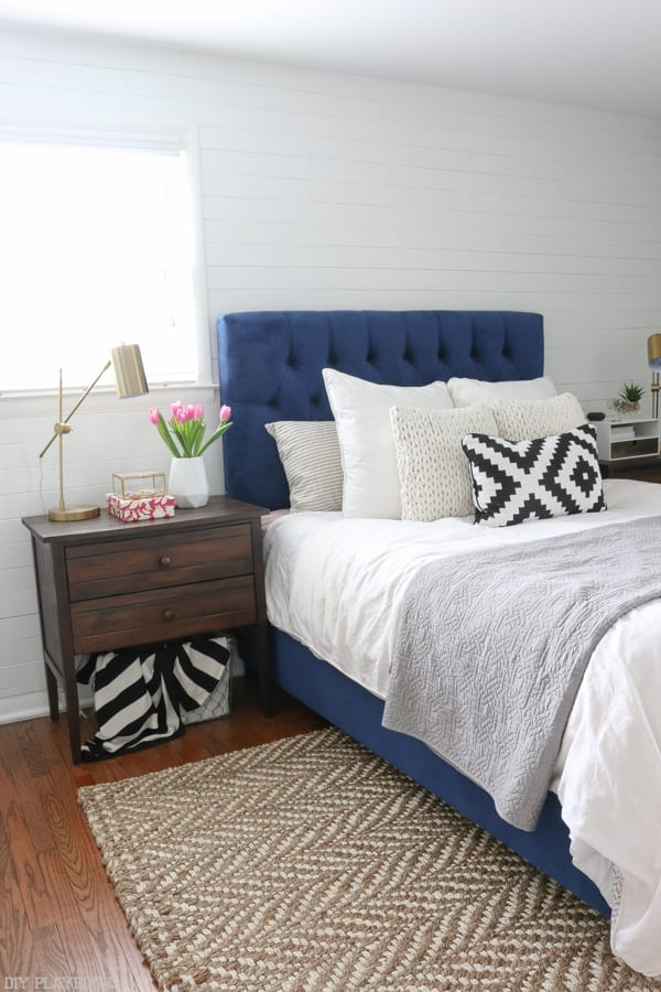 bedroom_mirror_navy_headboard_bridget
