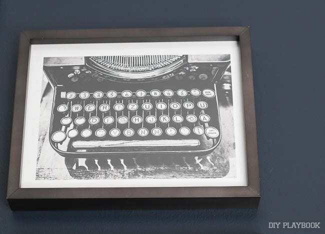 How cute is this vintage typewriter print? I love the brown wood frame too.