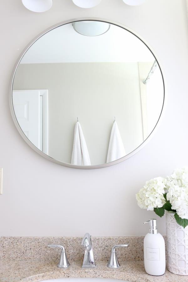 Bathroom_Mirror_Round-5