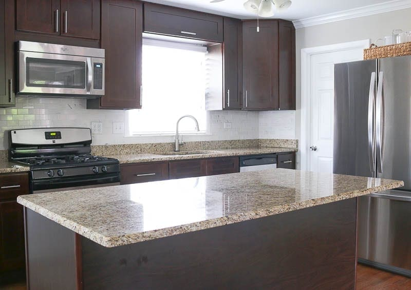 wide-shot-kitchen