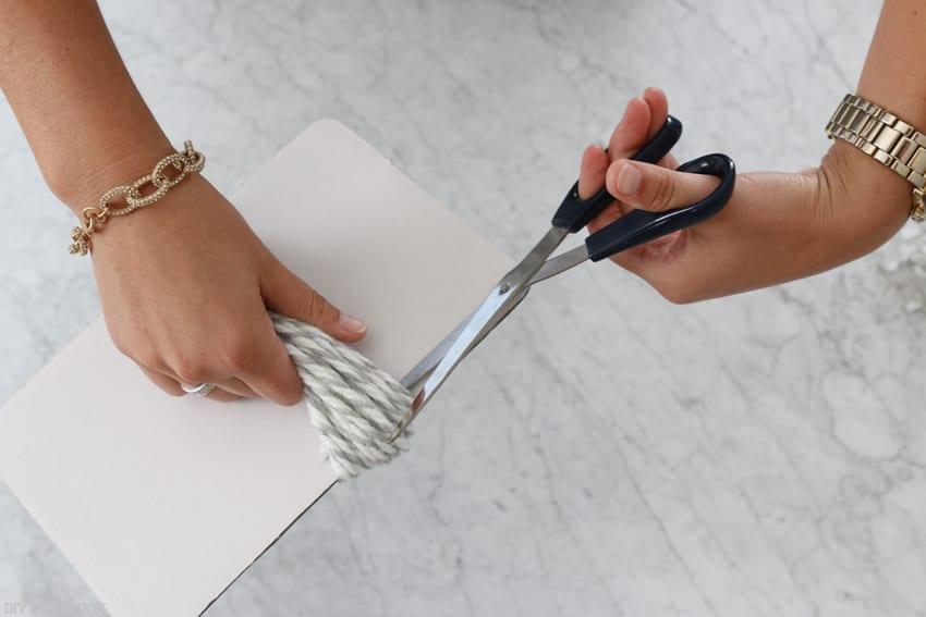 diy_tassel_pillow_tutorial-8