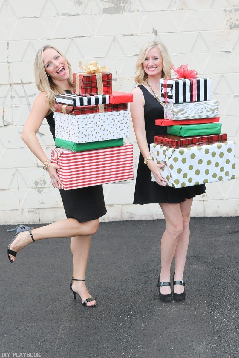 2016-DIY-Playbook-Christmas-Card-Casey-Bridget-gifts