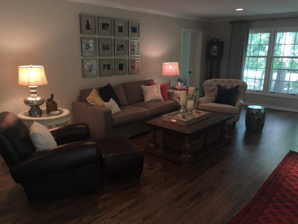 reader-living-room-space-diyplaybooksos