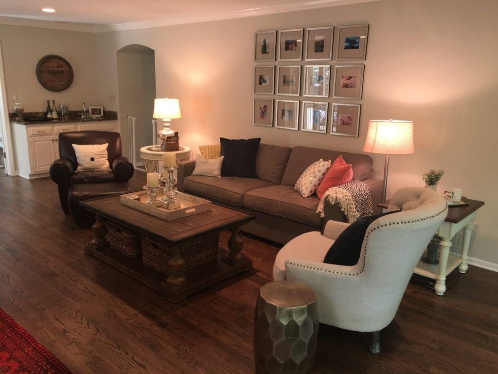 reader-living-room-space-lisa-diyplaybooksos