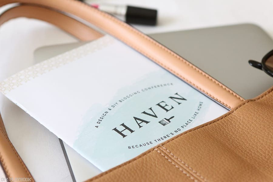 haven-conference-booklet-purse-laptop