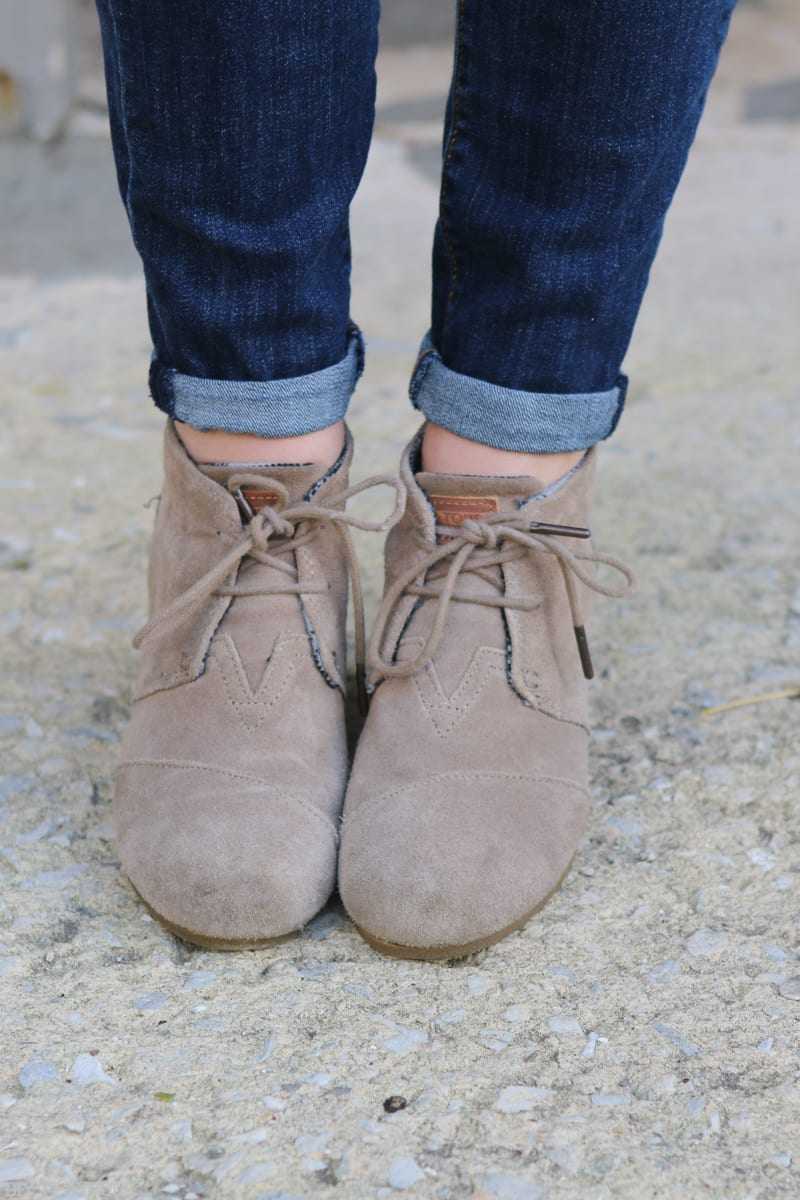 TOMS booties look great with skinny jeans
