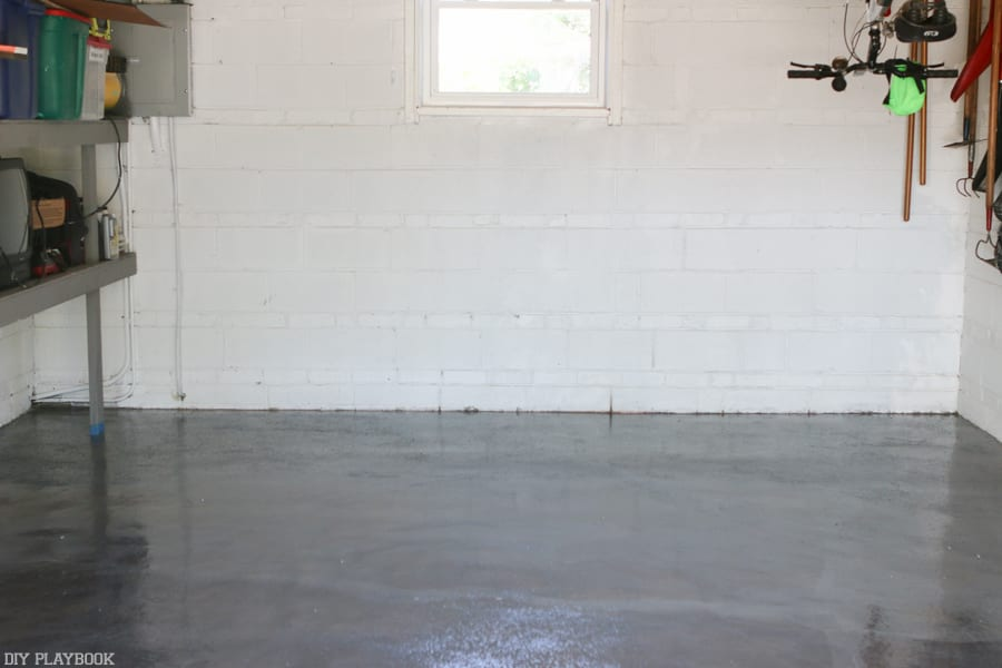 Diy ing my garage floor with epoxy diy playbook diy garage epoxy rustoleum after coating solutioingenieria Choice Image