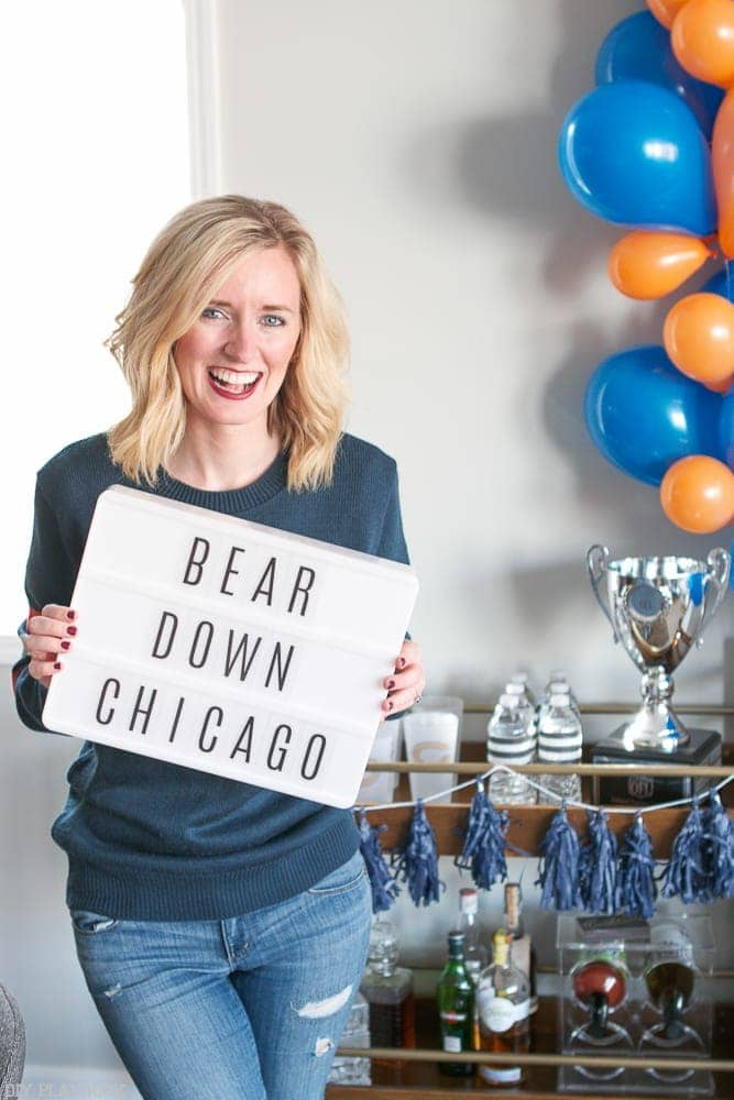 nfl_chicago_bears_homegating-bridget-bear-down