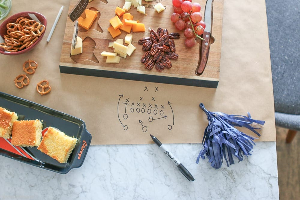 Snacks are a major part of any good football party. We love easy to grab items like cheese, crackers, pretzels and cut up fruit.