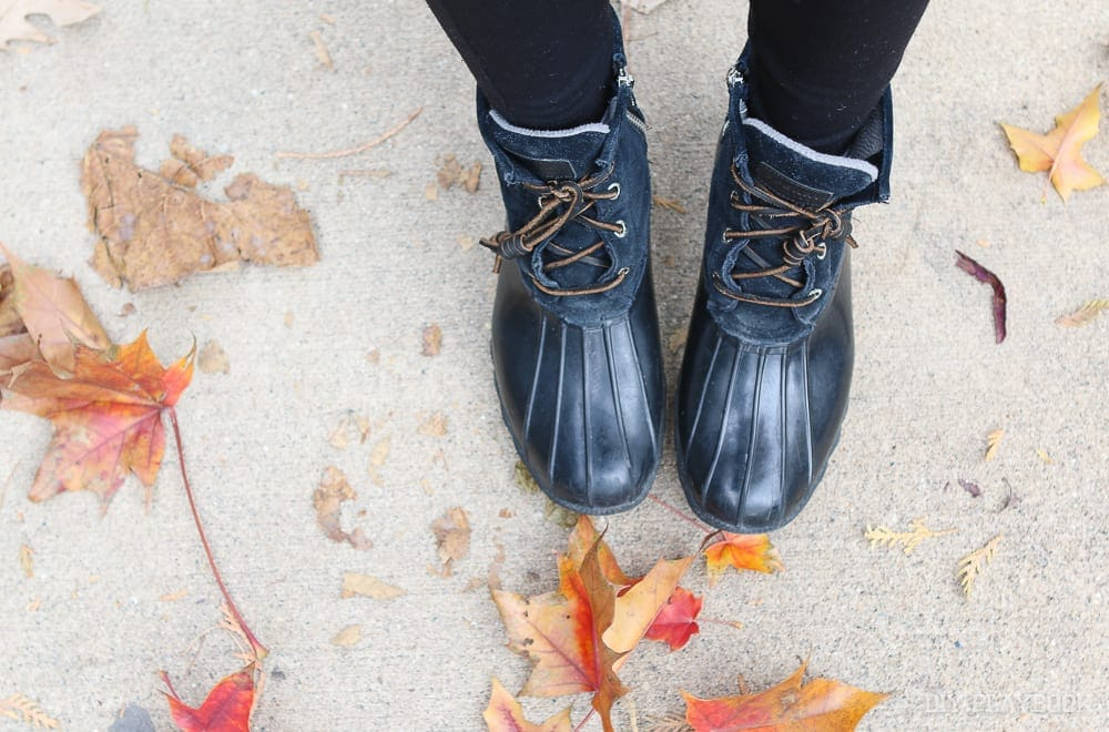 Sperry duck boots in fall