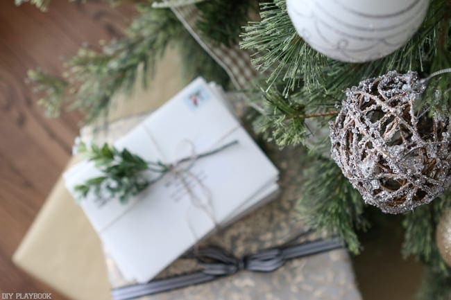 Neutral Christmas Tree | DIY Playbook