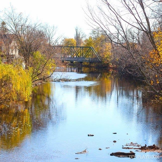 cedarburg-river-fall