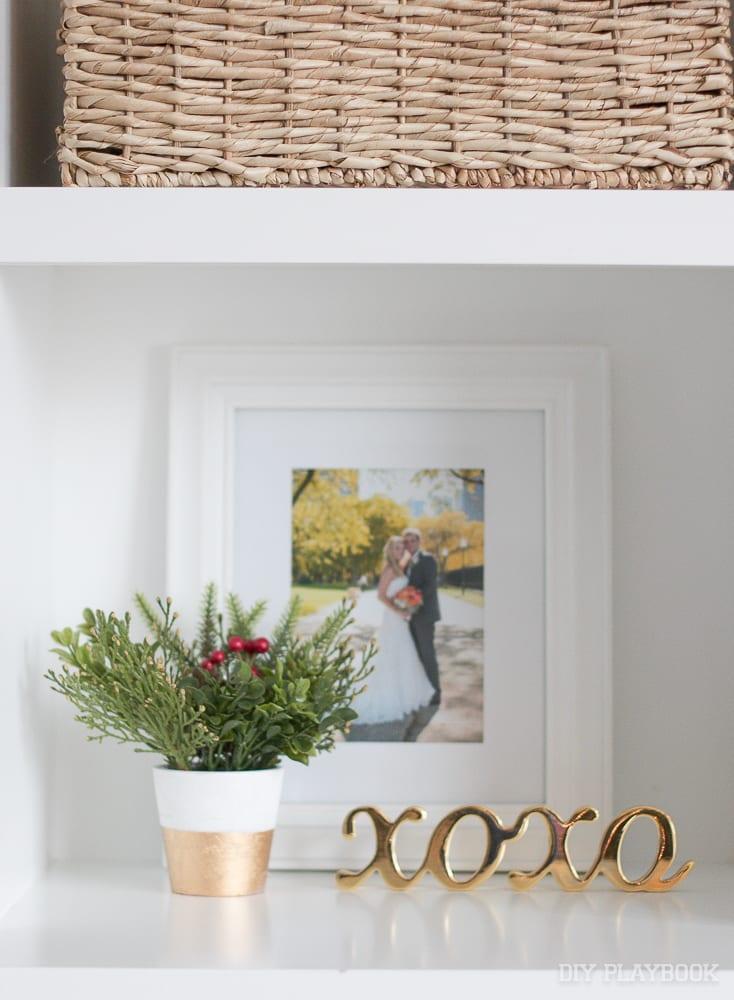 greenery-built-in-frame